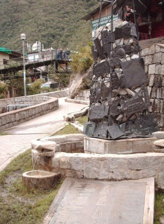 13.- Aguas Calientes